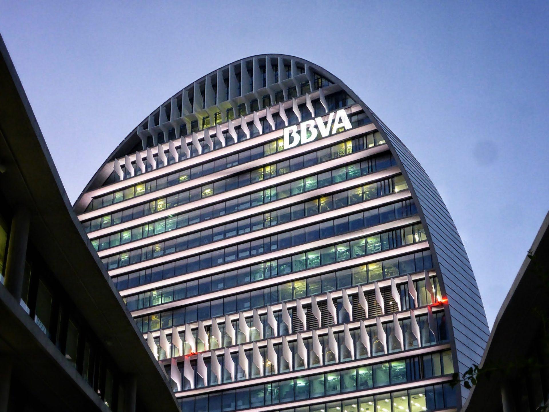 https://shareholdersandinvestors.bbva.com/wp-content/uploads/2017/07/La-Vela-Ciudad-BBVA.jpg