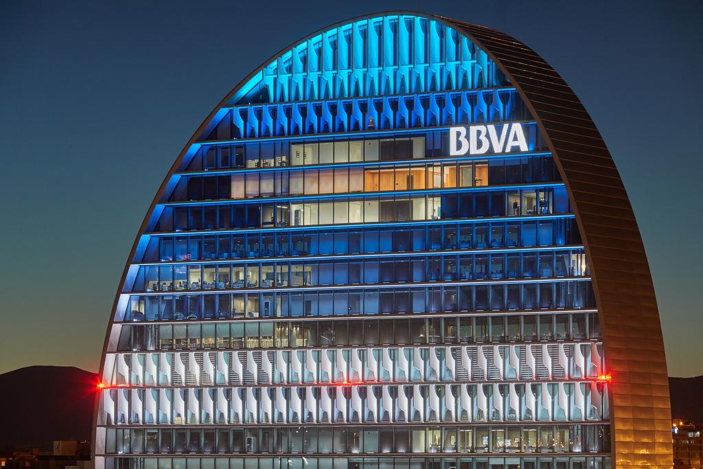 https://shareholdersandinvestors.bbva.com/wp-content/uploads/2018/07/Ciudad_BBVA.jpg