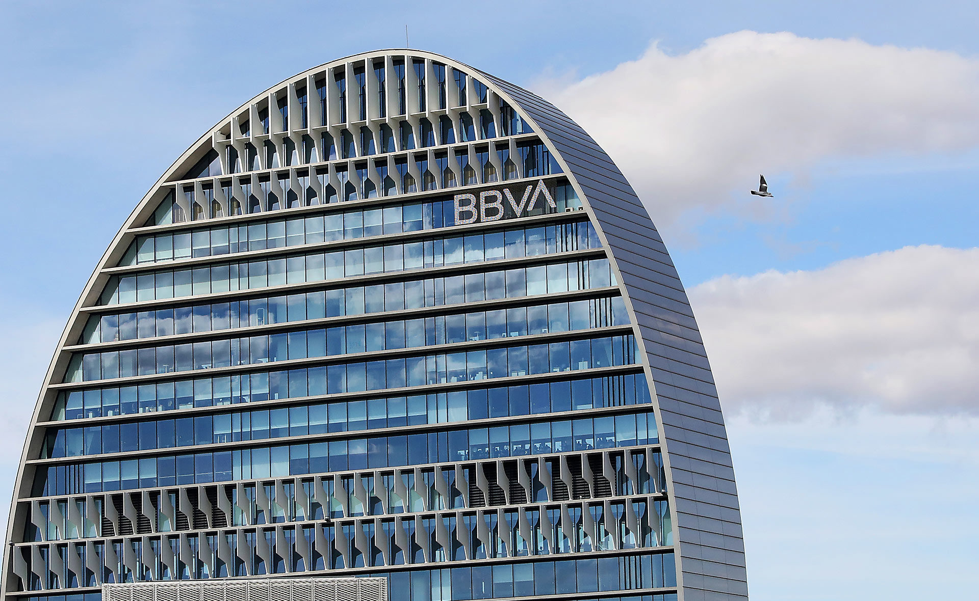 https://shareholdersandinvestors.bbva.com/wp-content/uploads/2020/12/BBVA-seguros-digital-v3-14122020-1920x1180.jpg